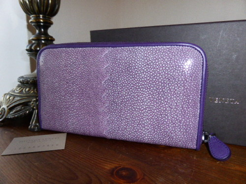 Bottega Veneta Soft Stingray Zip Around Wallet in Violet - New