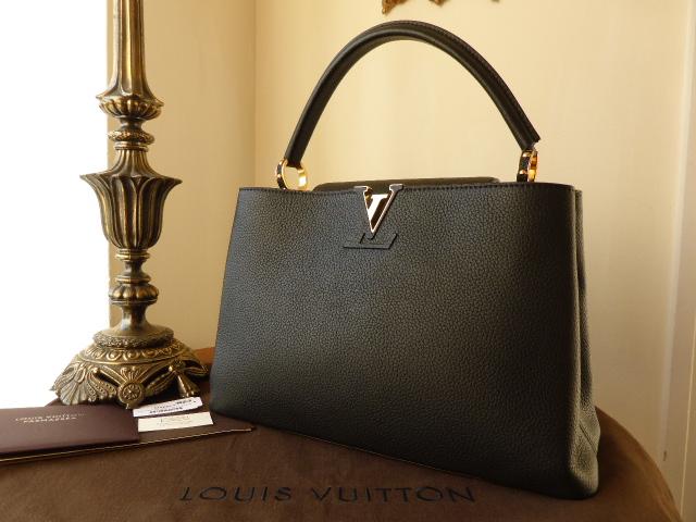 Louis Vuitton Capucines MM Nero - As New