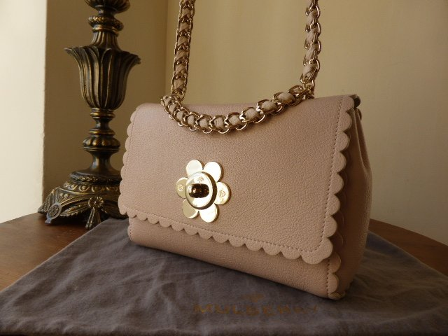 Mulberry Cecily Flower Light Berry Cream Classic Calf Leather