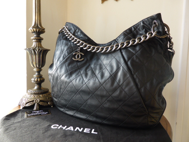 Chanel Coco Pleats Hobo Messenger in Black Calfskin - New*