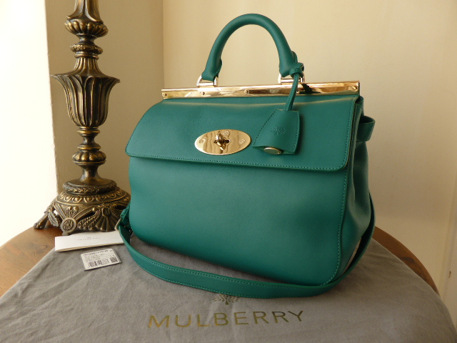 Mulberry Small Suffolk in Emerald Silky Classic Calf
