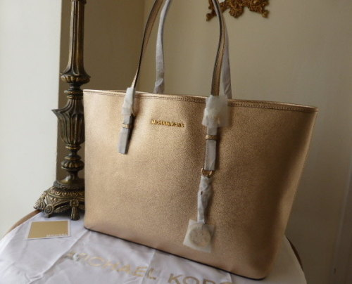 Michael Kors Large Jet Set Multifunction Travel Tote in Pale Gold Saffiano