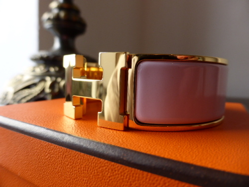 Hermes Clic Clac H Wide Cuff bracelet PM in Gold with Rose Dragee Enamel