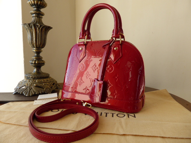 Louis Vuitton Alma BB in Pomme D'amour Vernis - As New*
