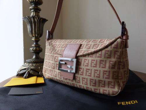 Fendi Baguette Shoulder Bag Zucca