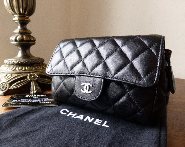 chanel cosmetic pouch quilted lamb