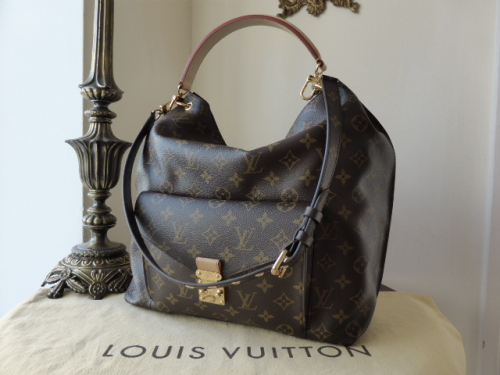 Louis Vuitton Métis Hobo Monogram
