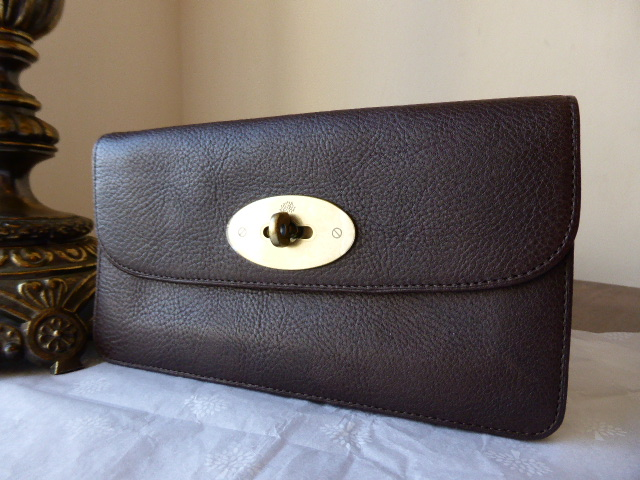 Mulberry Long Locked Purse in Chocolate Natural Leather - As New