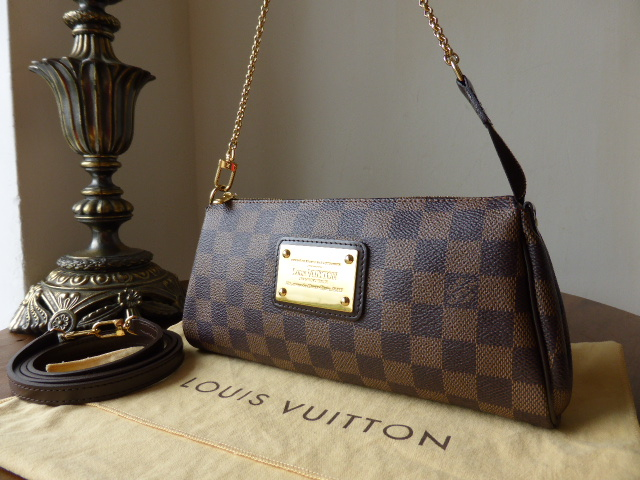 Louis Vuitton Eva Clutch in Damier Ebene