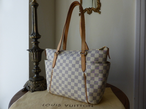 Louis Vuitton Totally PM in Damier Azure