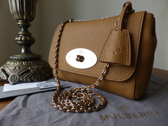 Mulberry Lily Regular in Deer Brown Soft Grain with Gold Hardware - As New