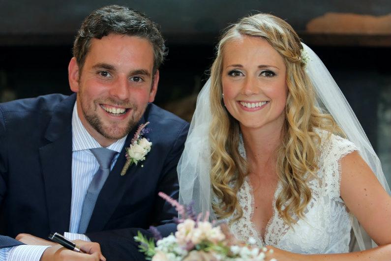 bridalhair-by-cotswolds-uk-wedding-hairstylist-hlnb (19)