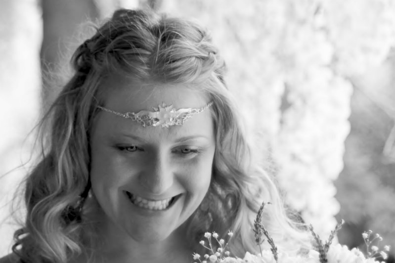 Cotswolds-Gloucestershire-Bridal-wedding-hair stylist & mobile hairdresser-UK