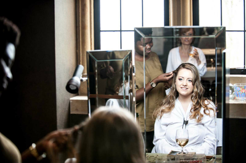 foxhill manor-broadway-cotswolds-bridal-hairstylist (9).9