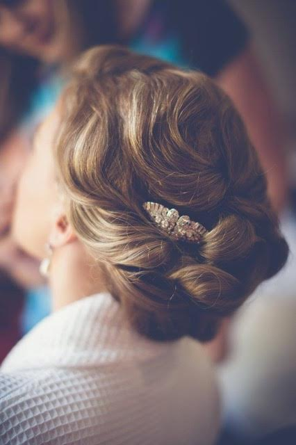 Cotswold_Wedding_ and_Bridal_hairstyling_by_Sheenas_Wedding_Hairstylist-Uk-Gloucestershire-image by Danielle Boxall