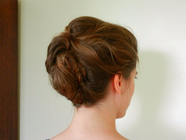 Soft-messy-textured bridal style-HAN-3