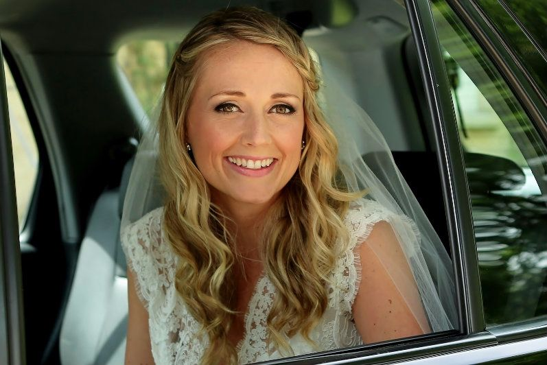 Mobile bridal-wedding-hairdresser Cotswolds-UK