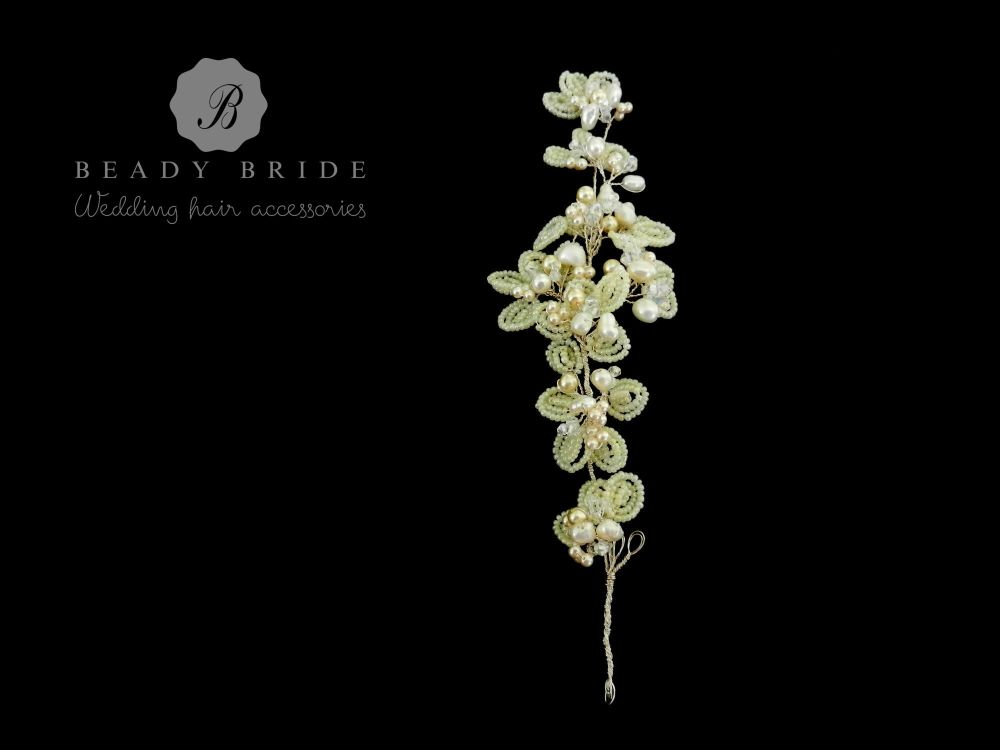Katy-bridal-hair-accessory-by-Beady Bride-UK (3)