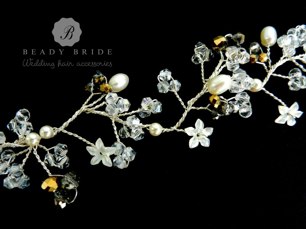 Anna-bridal-hair-vine-by-Beady Bride-UK (1)