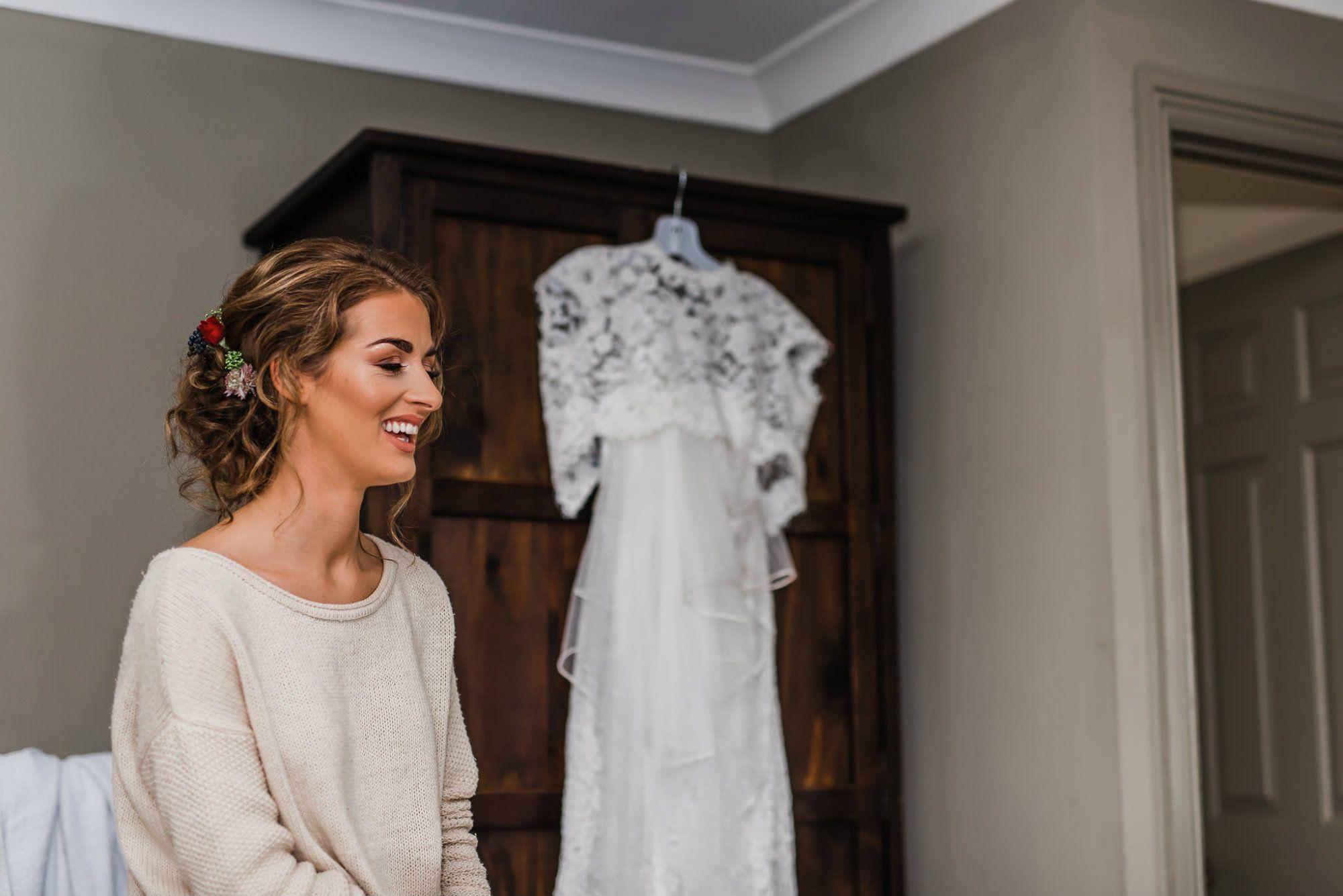 Cripps-barn-wedding-cotswolds-hair-stylist-EMA 1