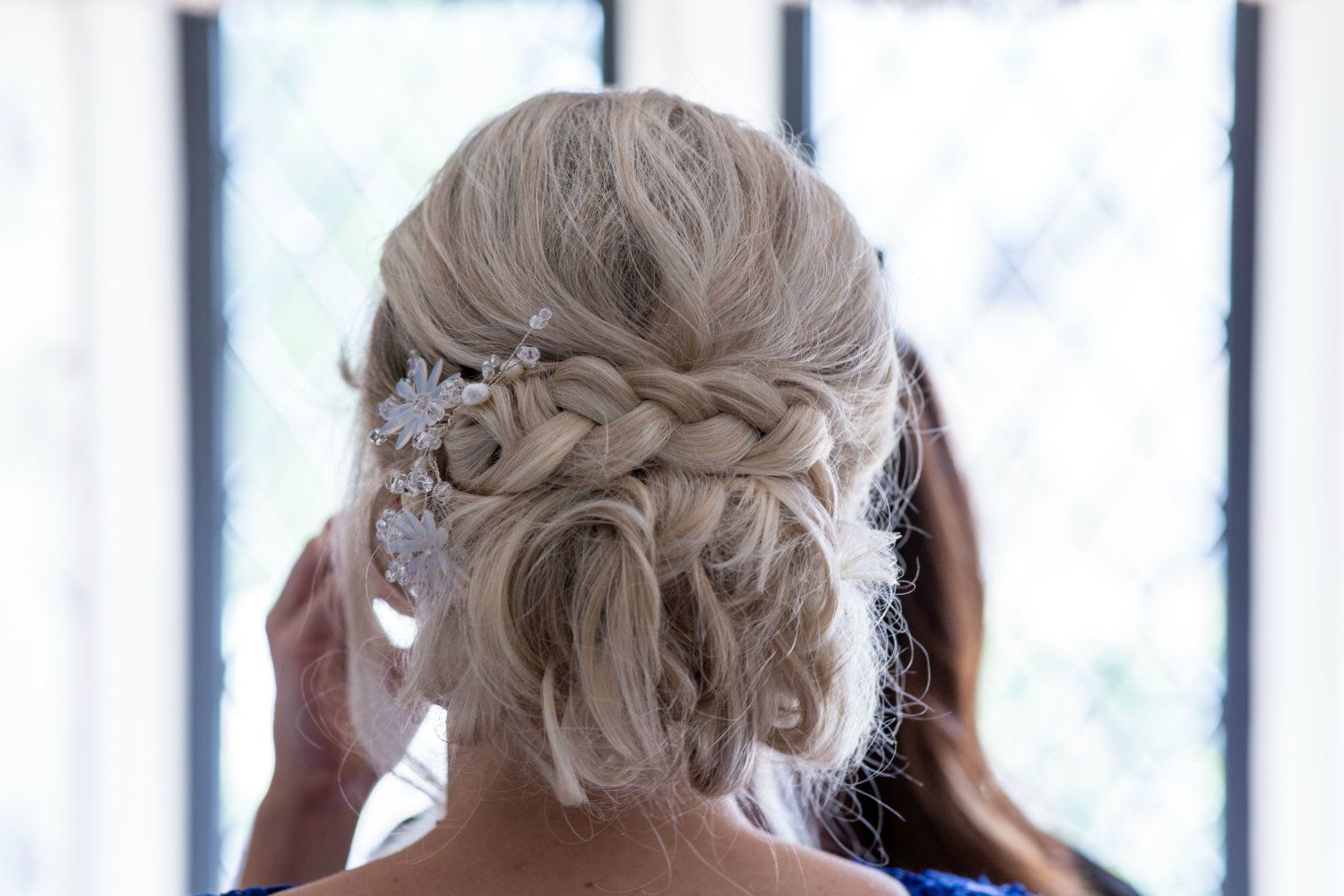 delicate and intricate pearl bridal hair accessory-UK