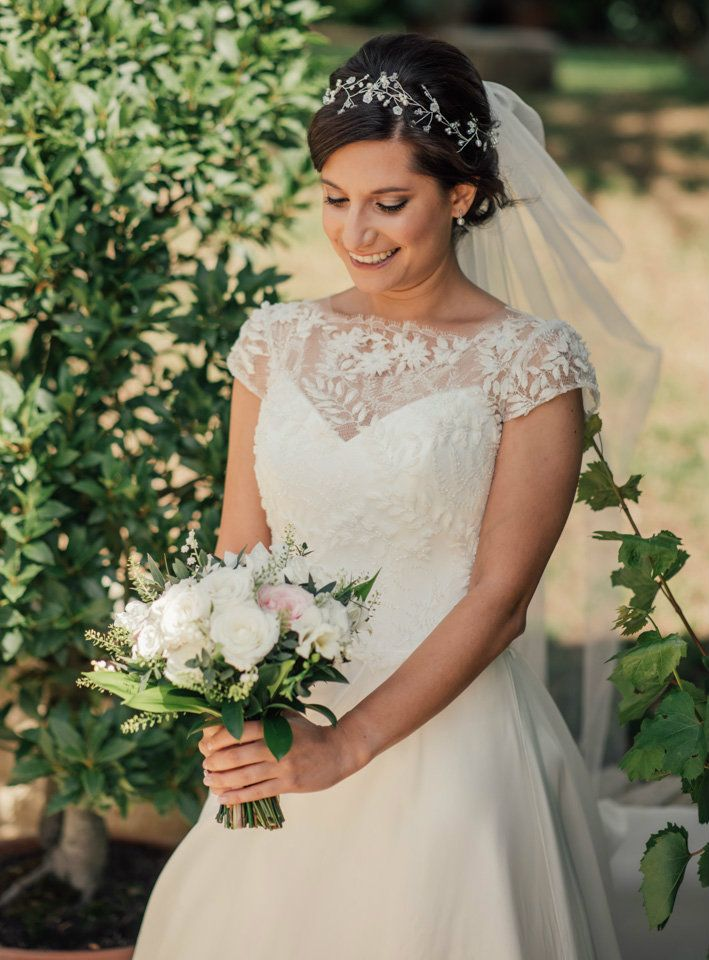 Cotswolds-wedding-and bridal-hair-stylist-Cheltenham and Gloucestershire