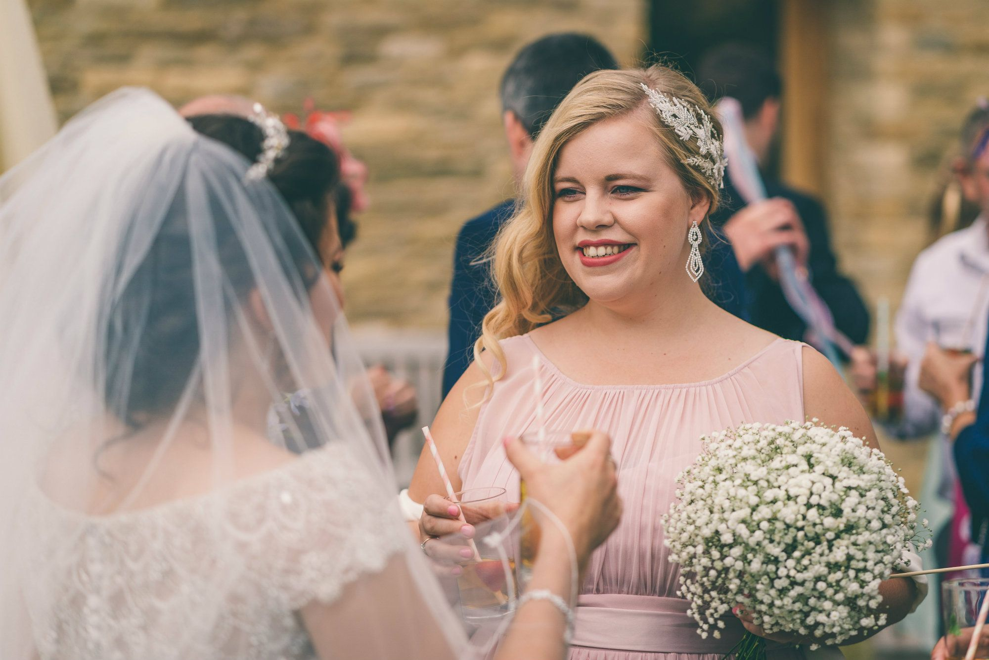 Mobile-Bridal-Wedding-hair stylist-in-the-Cotswolds-and-Gloucestershire