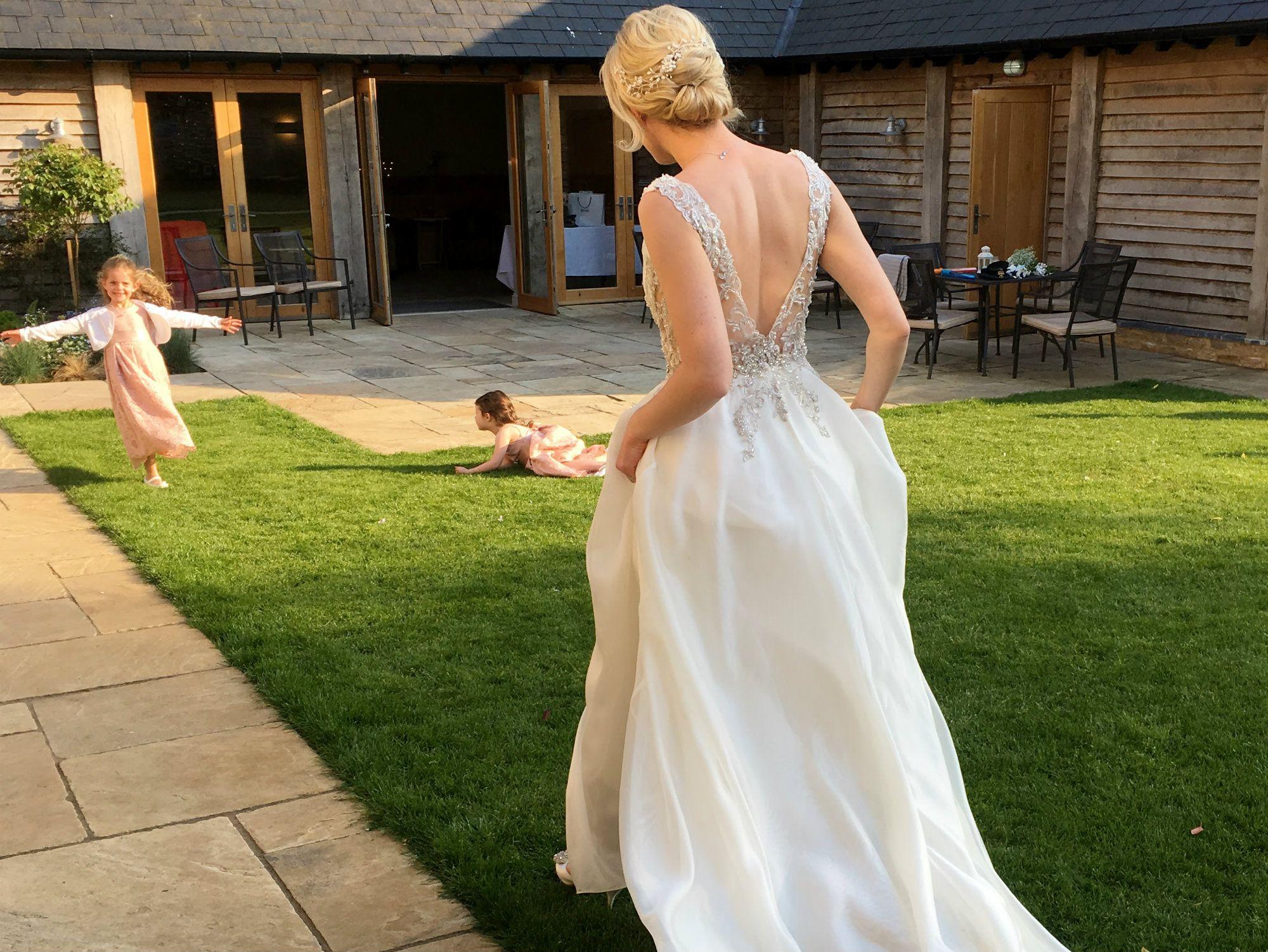bridal-wedding-hair-accessories-UK