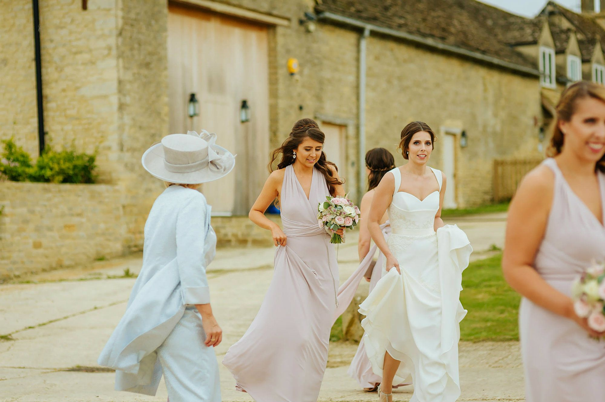 stone-barn-wedding-cotswolds-MLYKPA-1