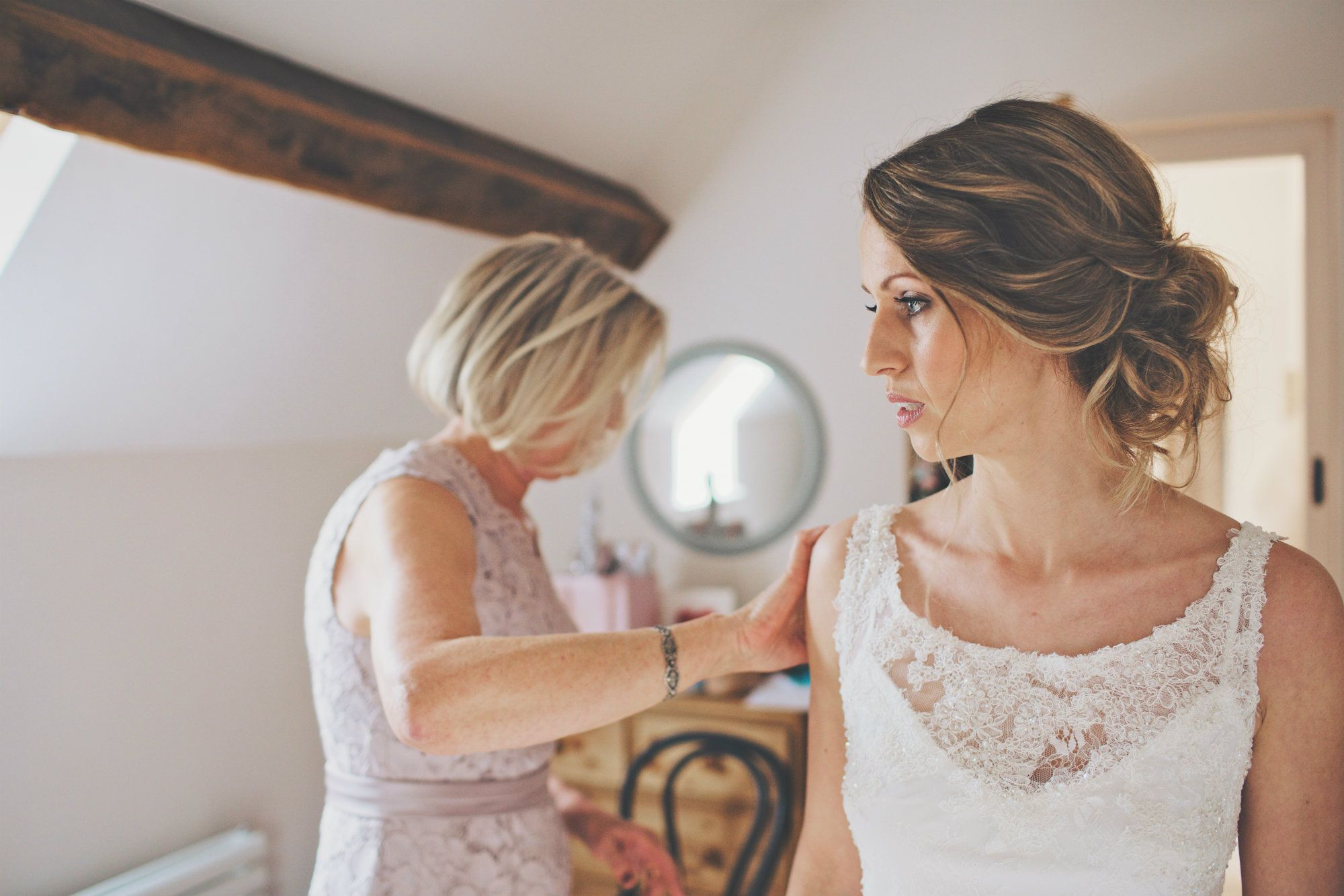 Cotswold-Wedding-Hairstylist-KTWLM-7