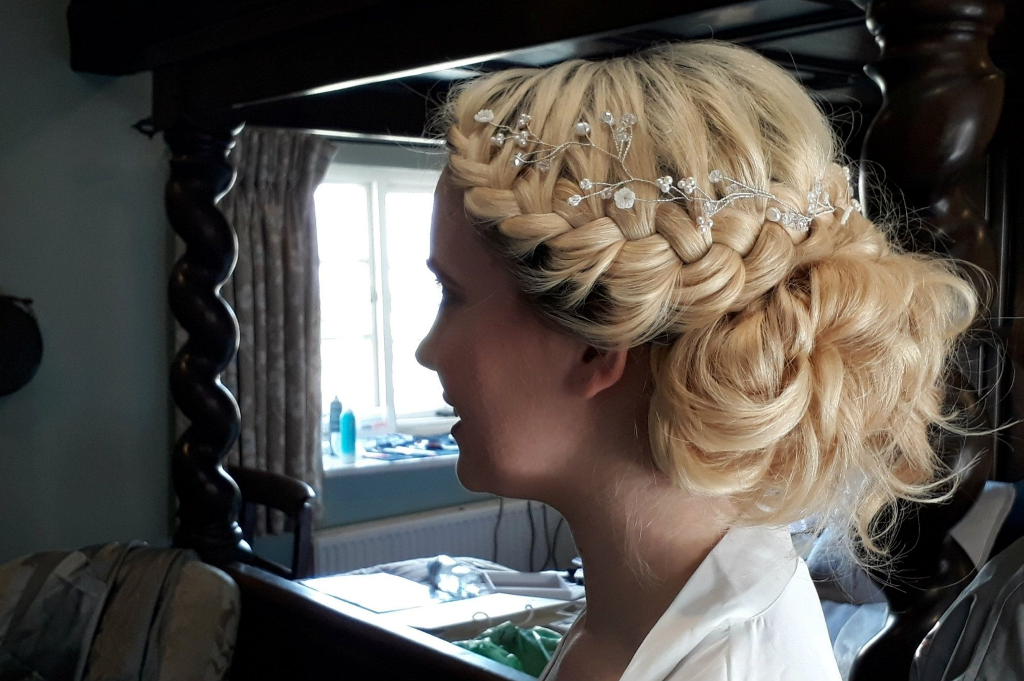 Cotswold-Wedding hair dresser-UK