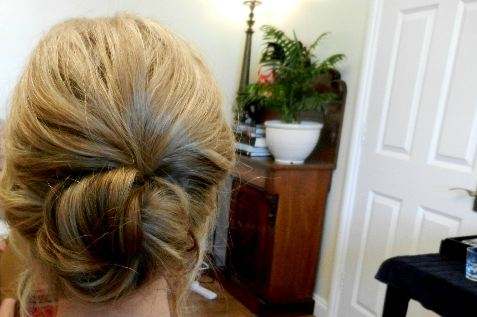 Gloucestershire-Cheltenham-Cotswolds-Wedding-Hairstylist-UK