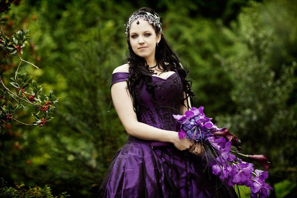 Gothic wedding- Gloucestershire-hair stylist-TV-201