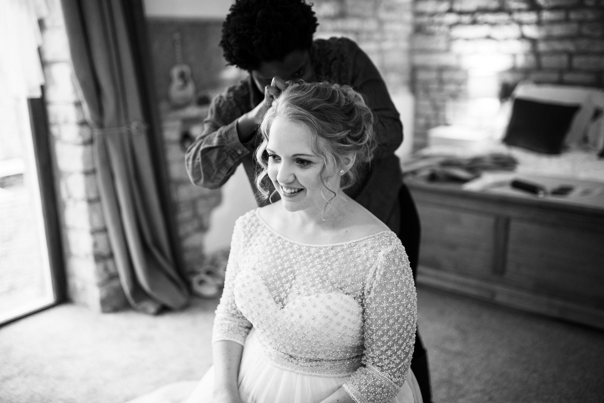 Cheltenham-Bridal-and-wedding-Hairstylist-UK