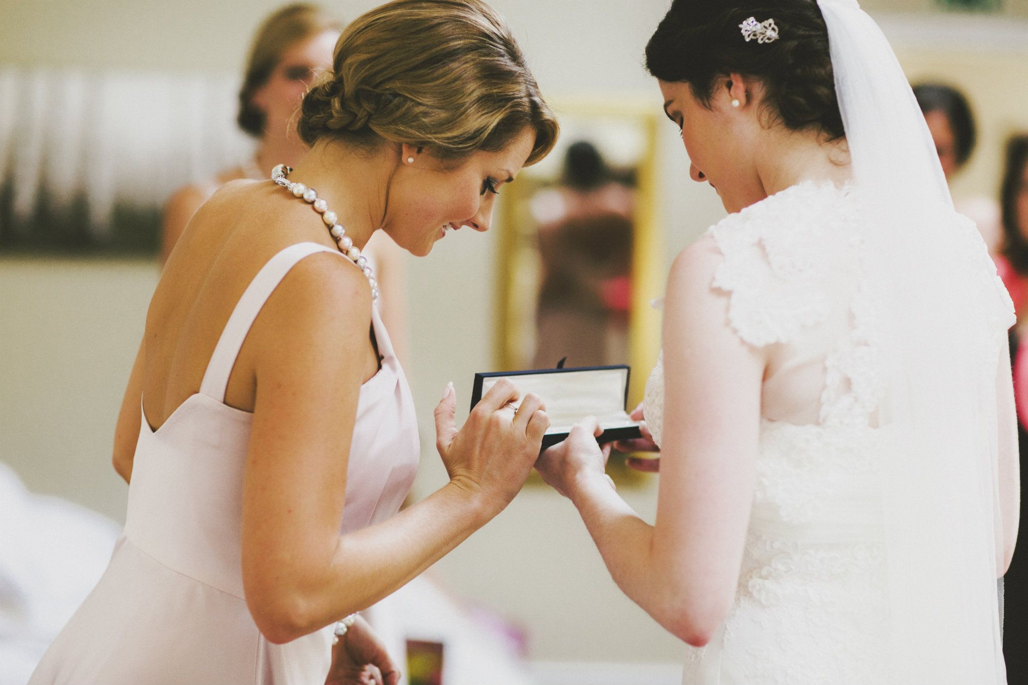 Gloucestershire-Wedding-bridal-hairstylist-UK-ELN(13).2