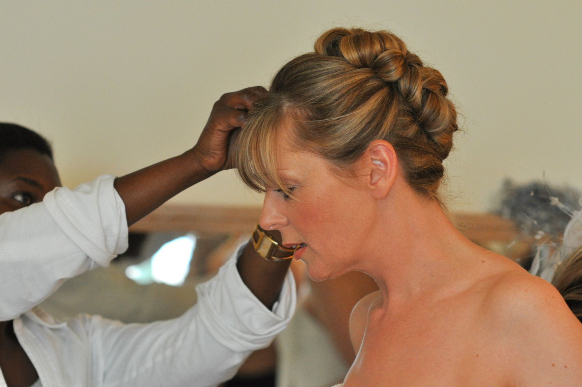 Gloucestershire-Wedding-bridal-hairstylist-UK-HTHACT(1).2