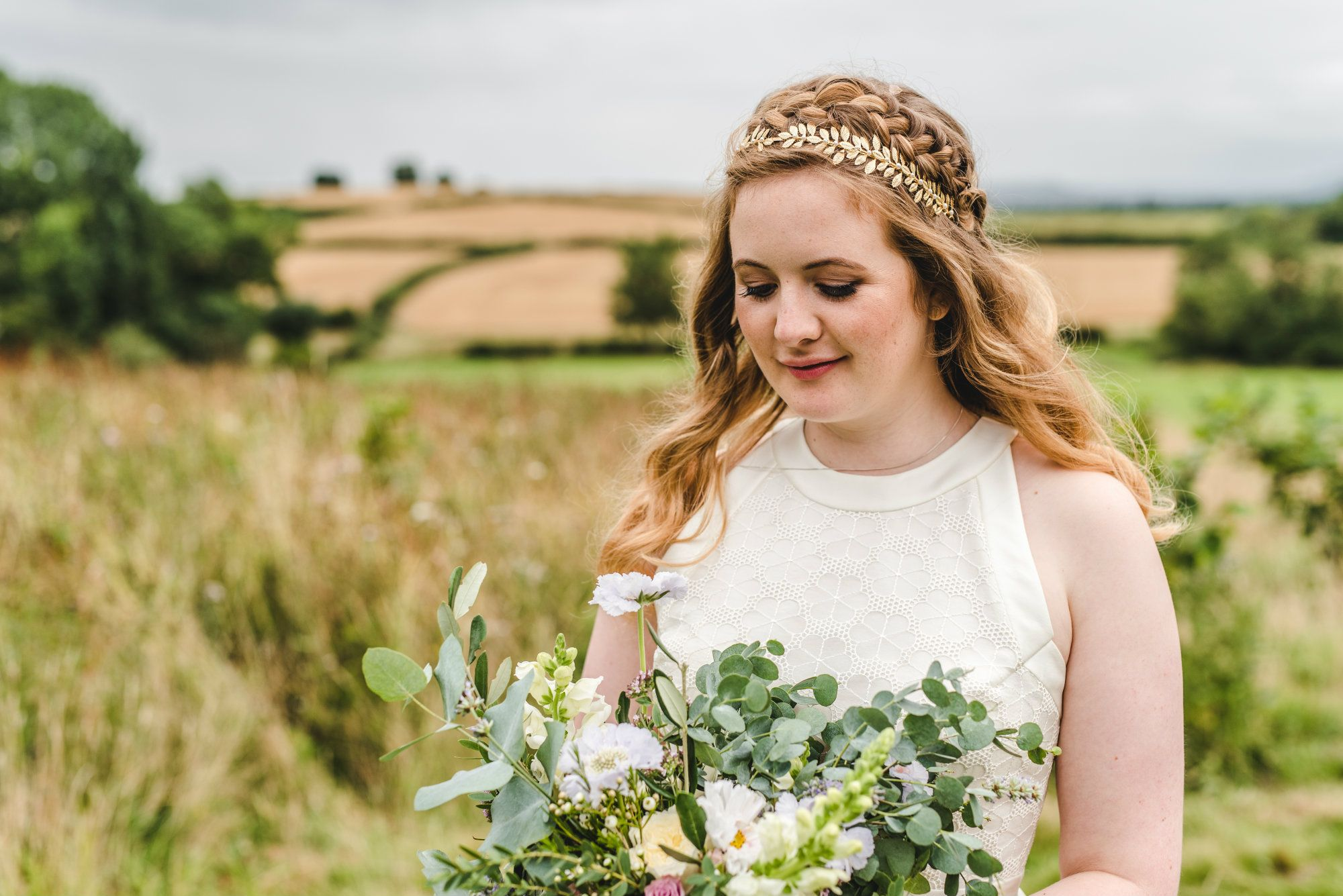 Cotswolds-wedding-hair stylist-Gloucestershire-LCYRBTS4
