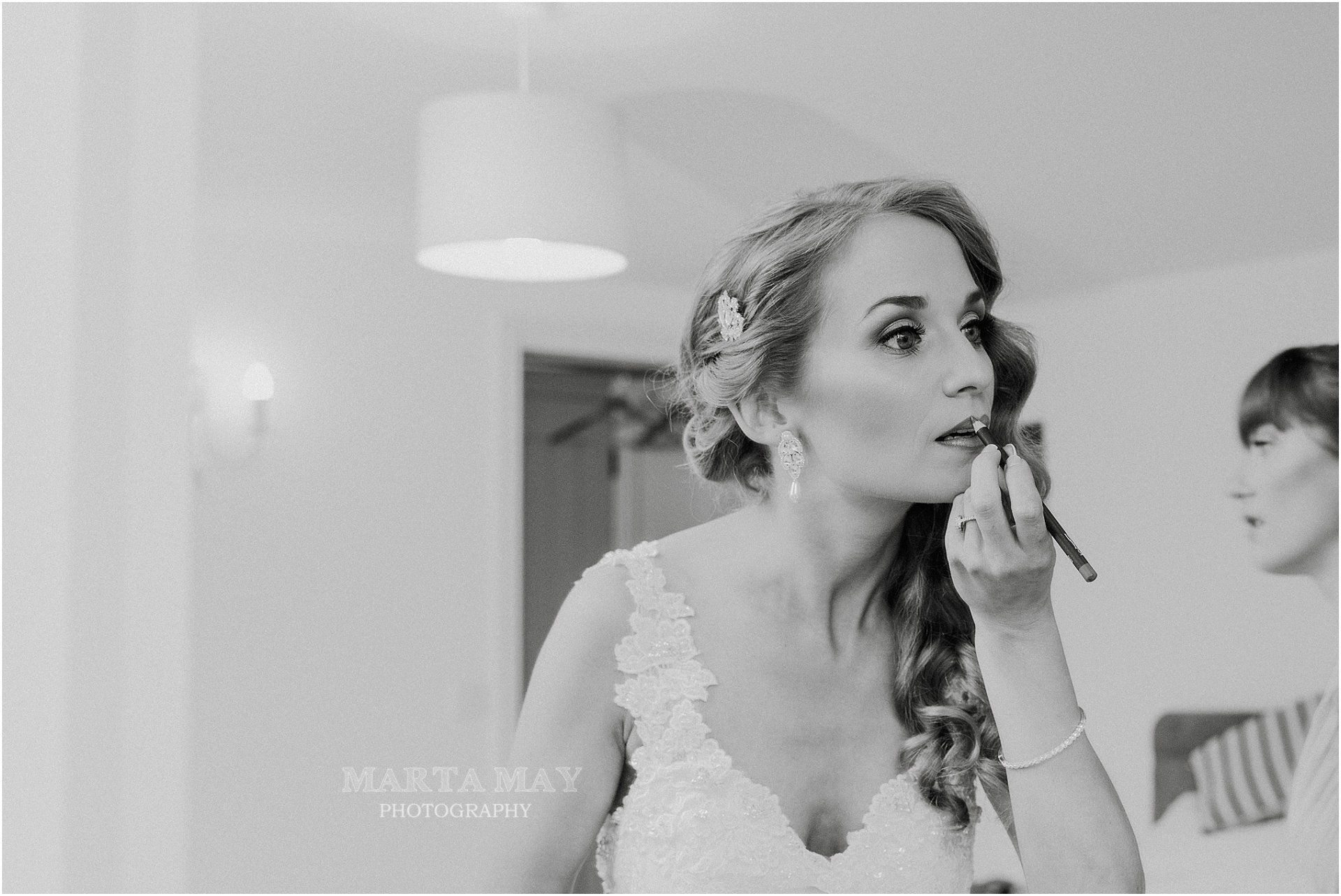 Cotswolds Wedding bridal hair stylist-UK-HTTY-0814