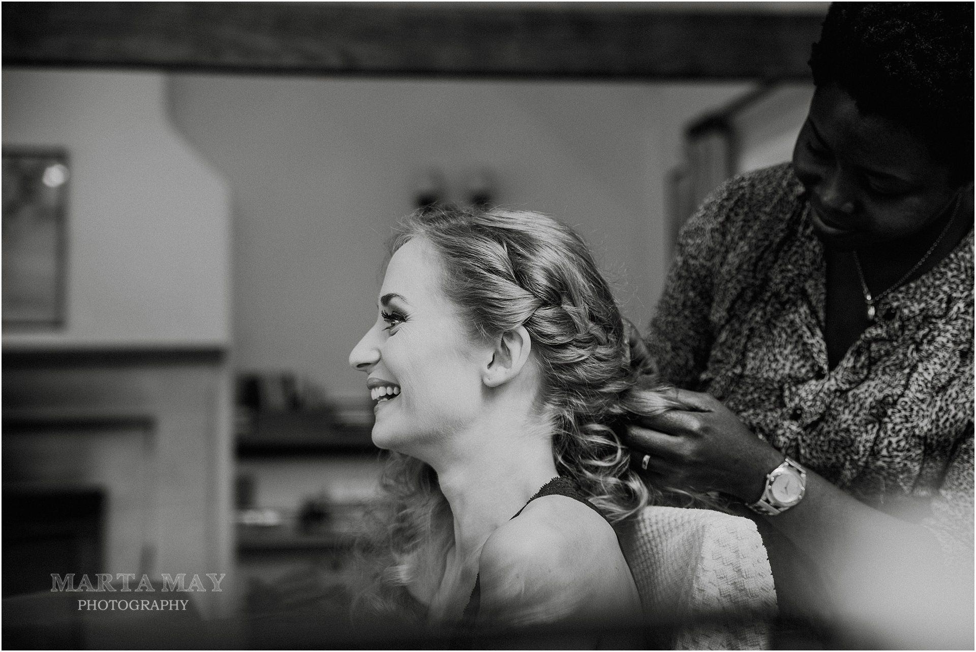 Cotswolds Wedding bridal hair stylist-UK-HTTY-0851