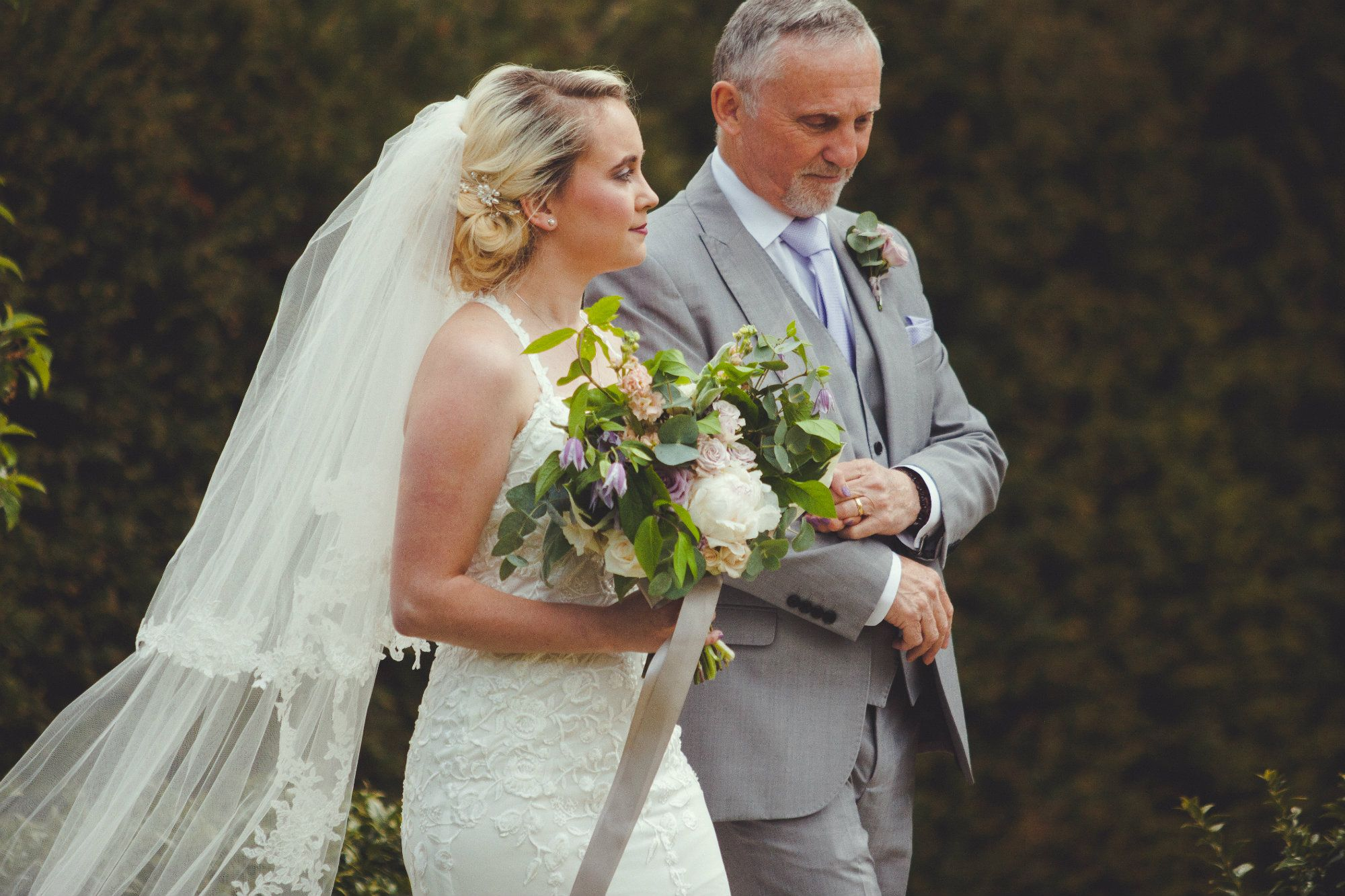 Burford-Oxford-mobile-wedding-hairdresser-Oxfordshire-UK-JEN-129