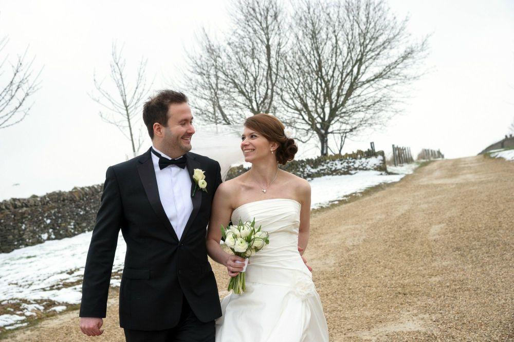 Cheltenham-Northleach-mobile-wedding hairdresser-LREN-4