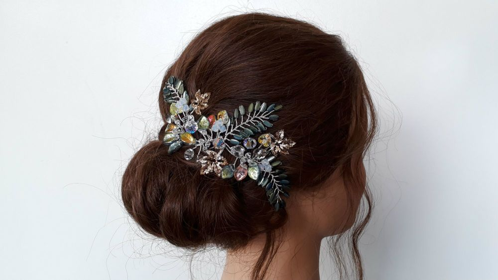 Bohemian-woodland-green-gold-leaf-wedding-hair-accessory-20190801_143312