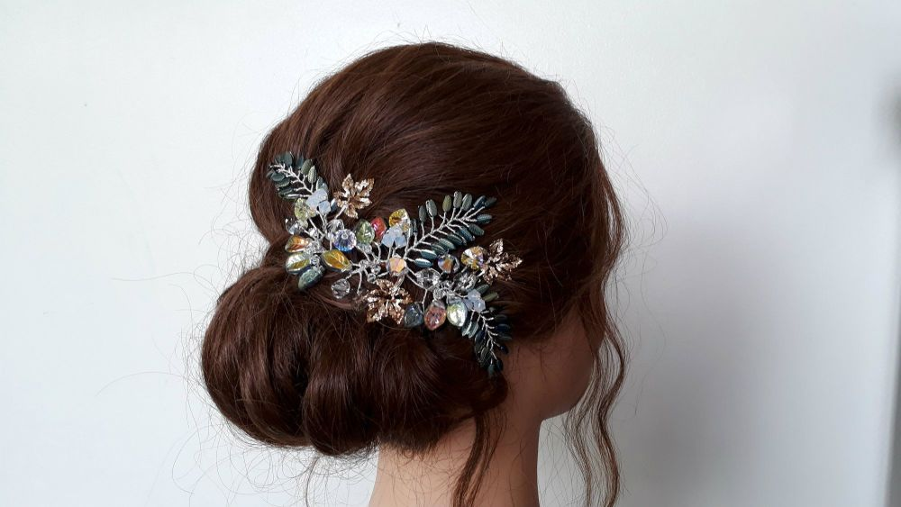 Bohemian-woodland-green-gold-leaf-wedding-hair-accessory-20190801_144315