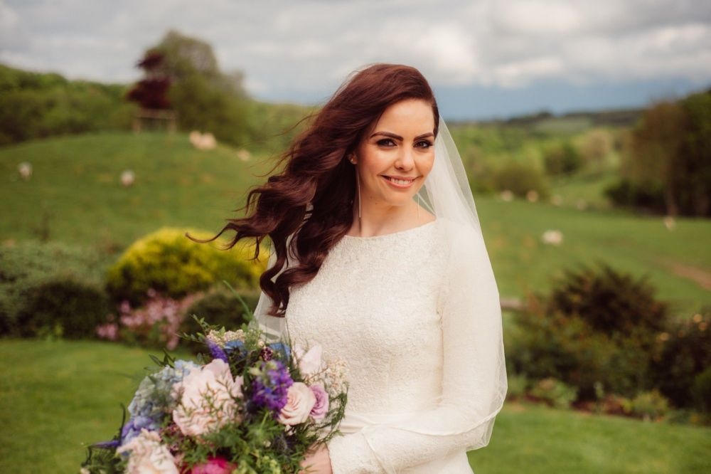 Bridal-wedding-hair-stylist-Tetbury-Gloucestershire-UK-LL-323