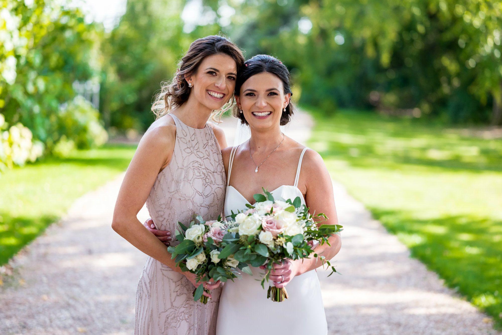 Bspoke Bridal Hair Accessories-UK-LRNCHN8