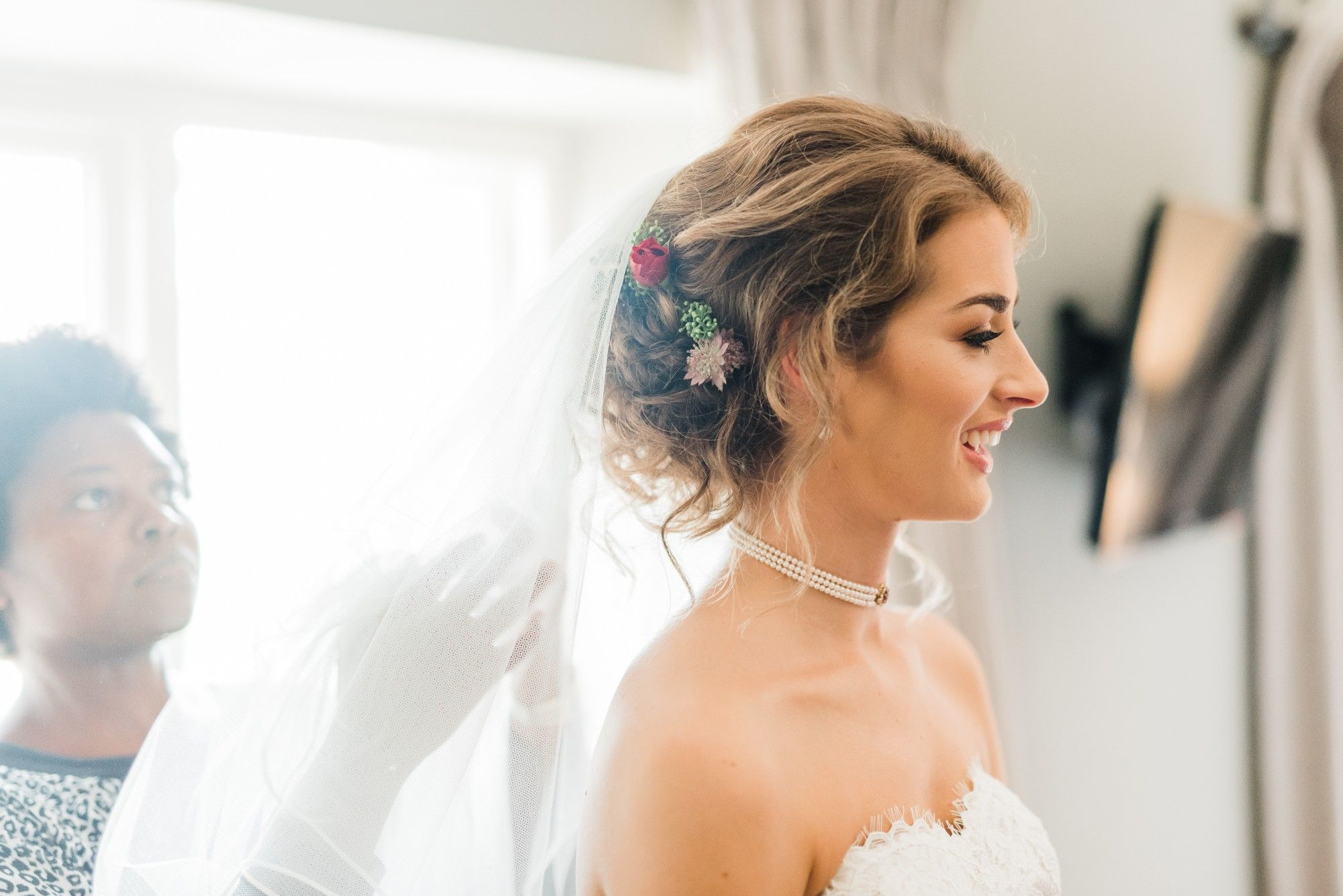 EMMA IRONSIDE- Cripps Barn-Cotswold bridal hair stylist-UK (5)