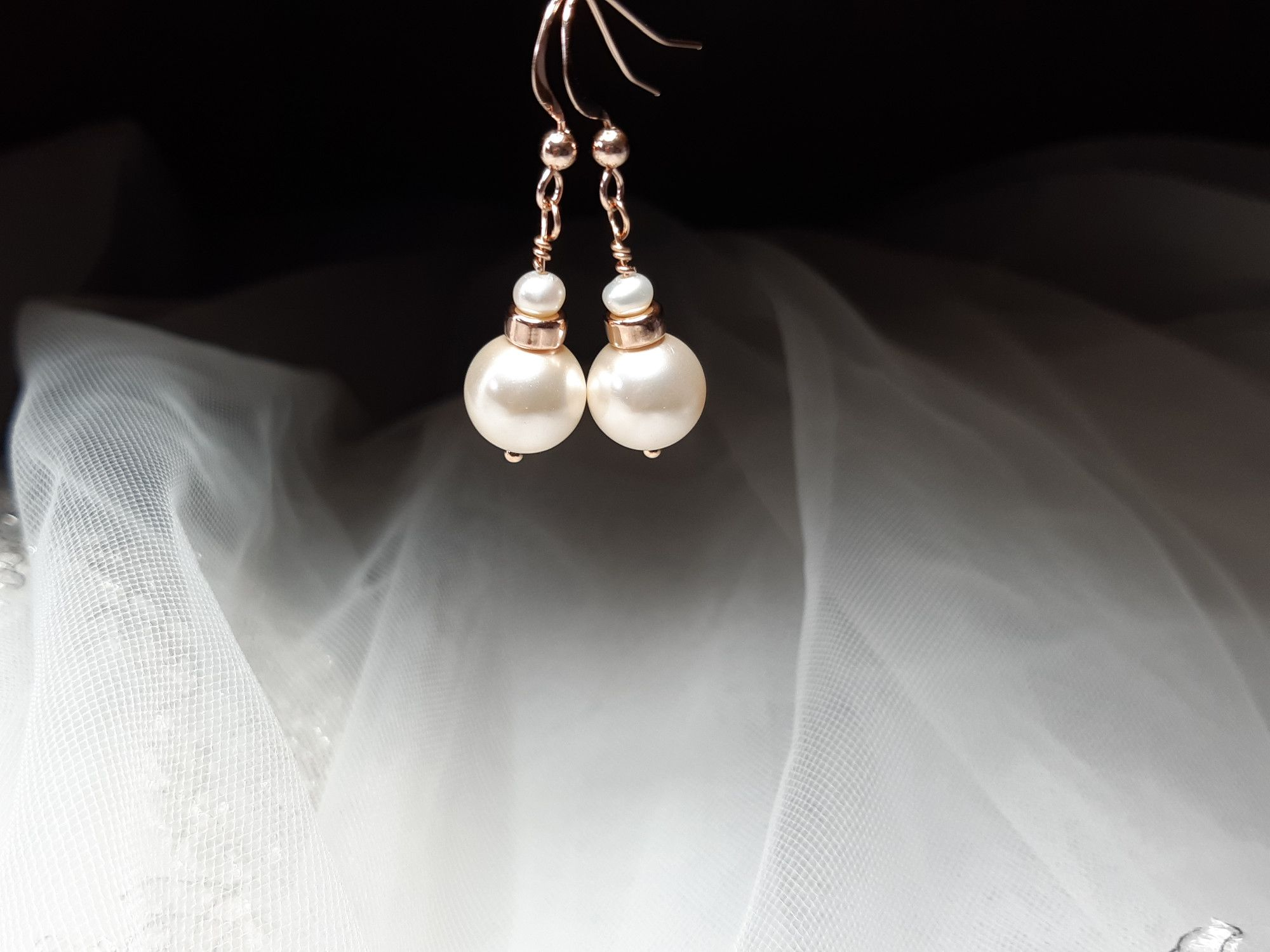 Occasion-bridal-wedding-pearl earrings with rose gold-6