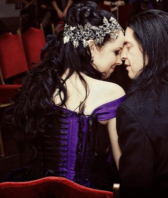 gothic-wedding -hairstyle-tv (13)