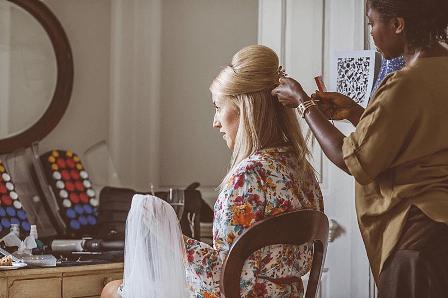 cheltenham-gloucester-mobile-wedding-hairdresser-uk (4)