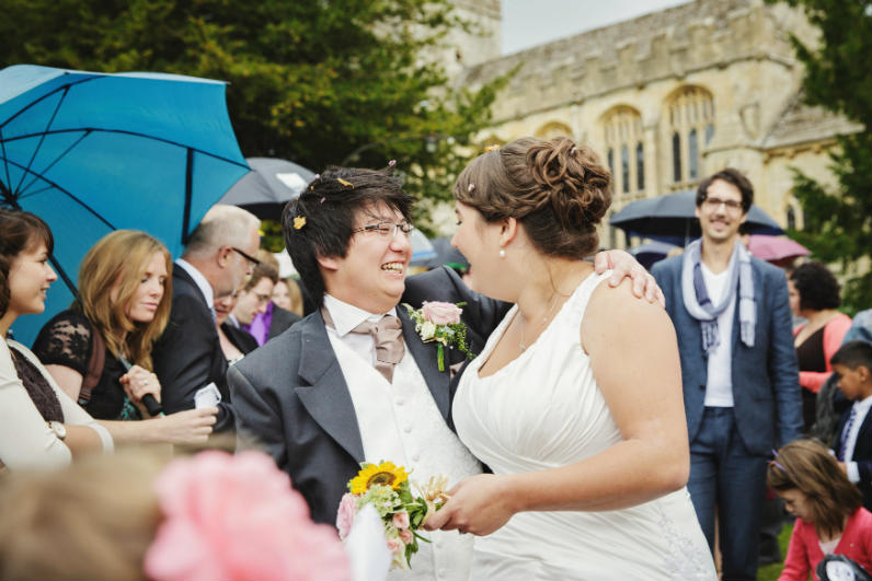 crips barn- cotswold-wedding-hairstylist-uk-elisa 12
